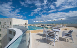 Izla Beach Front Hotel with Lost Oasis Isla Mujeres